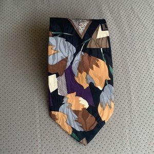 Vintage 80s Print 100% silk tie
